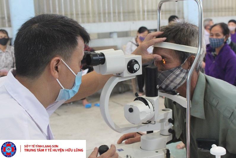 Chương trình khám sàng lọc các bệnh về mắt và phẫu thuật mắt bằng phương pháp phaco
