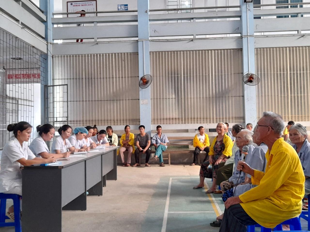 Trung tâm Y tế Hữu Lũng thực hiện họp hội đồng người bệnh tháng 7